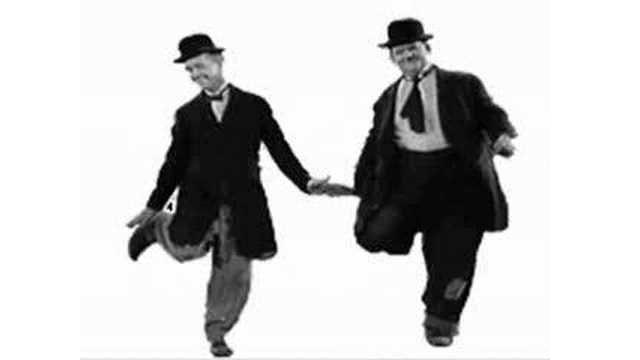 Laurel et Hardy dansent sur Patrick Hernandez